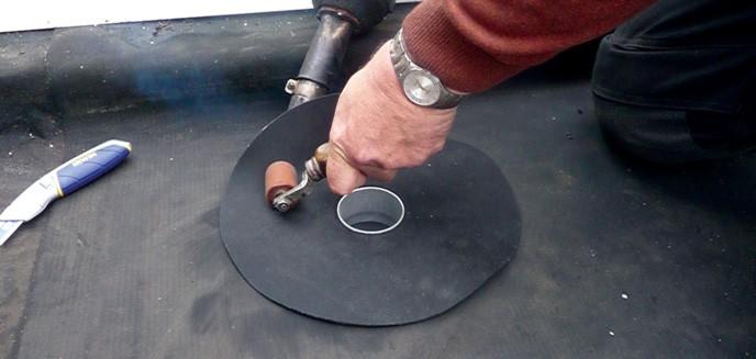 2.40 Verwijder het folie en föhn de Ecoflox vast